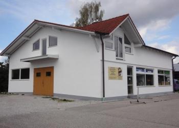 Immobilie Details Vielseitig nutzbare Gewerbehalle – Werkstatt mit Büro in Weilheim/Gewerbegebiet Trifthof