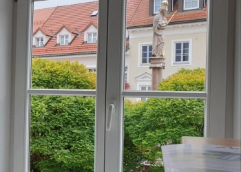 Immobilie Details Ein repräsentativer Arbeitsplatz – stilvolle Büro-/Praxisräume mit Flair am Marienplatz in Weilheim