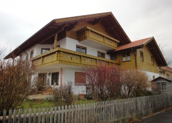 Immobilie Details Haus im Haus: 3½-Zimmer-Maisonette-Wohnung im 1.OG und DG in Peißenberg