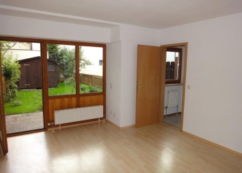 Immobilie Details Gute Stadtlage – 1-Zimmer-Erdgeschoßwohnung mit Terrasse und Garten in Weilheim