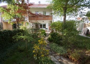 Immobilie Details Ein Platz für die Familie – charmantes Reihenhaus in München-Hadern