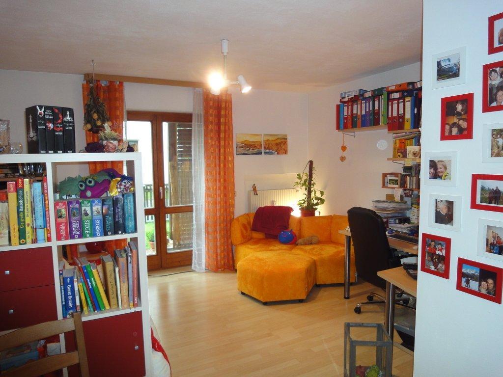 gut angelegt im erdgescho pfiffige 1 zimmer wohnung mit. Black Bedroom Furniture Sets. Home Design Ideas