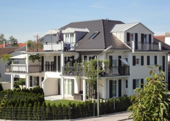 Immobilie Details Exklusives Wohnen in Bestlage! Traumhafte EG-Wohnung in einer klassischen Villa