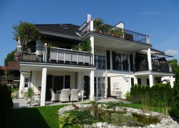 Immobilie Details Stadtvilla in Toplage – exklusiv ausgestattete neue 3-Zimmer-Wohnung mit Lift!