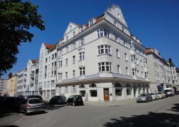 Immobilie Details Wohnen am Sendlinger Park – stilvolle 3-Zimmer-Wohnung in München-Sendling!