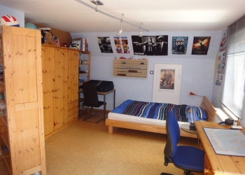 Zimmer OG Ost 2