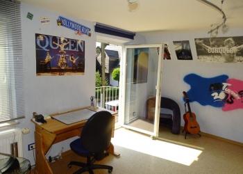 Zimmer OG Ost 3